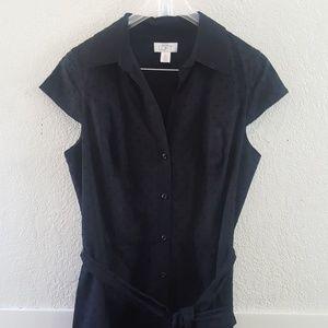 Ann Taylor LOFT size 10 cap sleeve button up dress